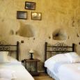 洞窟ホテル 室内2
